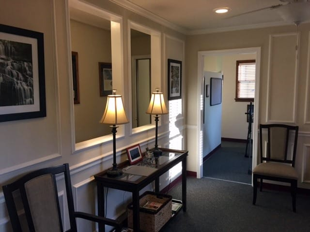 Waiting room for chiropractic patients